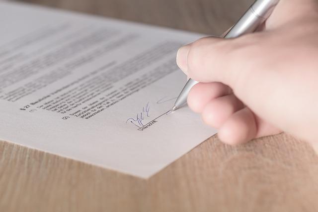 contrato arrendamento opção compra