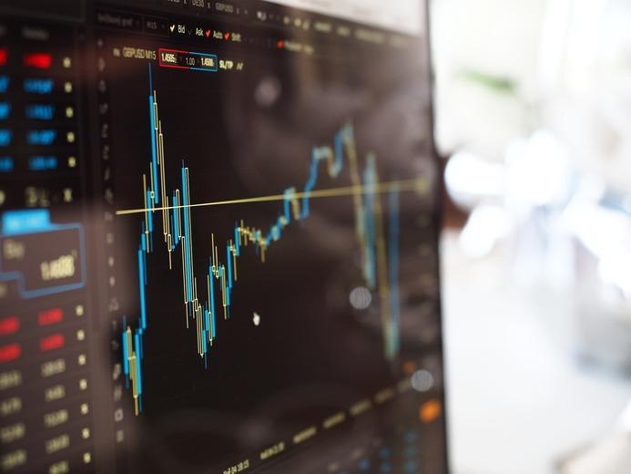 investir na bolsa ou imobiliário